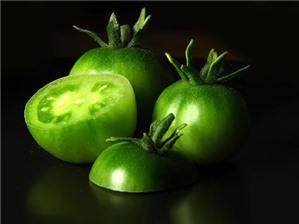 Ăn cà chua xanh dễ bị ngộ độc