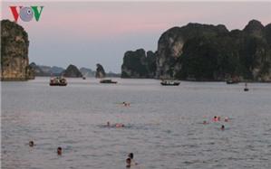 Hạ Long - thành phố du lịch biển nhưng thiếu bãi tắm