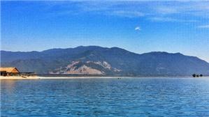 Ngút ngàn màu xanh trên cung đường biển Nha Trang – Tuy Hòa